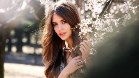 Donna bella e giovane